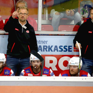 Das KAC-Trainerduo Petri Matikainen und Juha Vuori