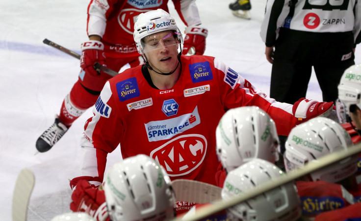 Nick Petersen nach seinem Hattrick im Spiel gegen Innsbruck